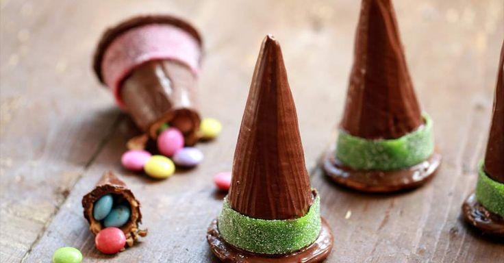 Aprende a preparar Sombreros de bruja con sorpresa para halloween con las recetas de Nestle Cocina. Elabórala en casa con nuestro sencillo paso a paso. ¡Delicioso! #NestleCocina