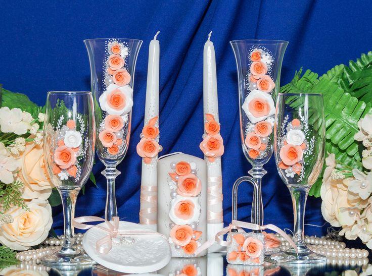 Комплект для свадьбы в персиковом цвете. Декор: цветы из пластики, бисер, жемчуг, роспись акрилом белого цвета.#свадьбы #атрибуты #аксессуары #ручнаяработа #персиковый #комплект # soprunstudio