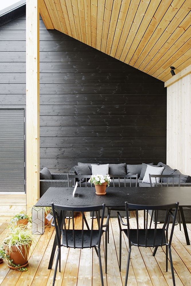 Terrace of the sauna building. Honka Markki.