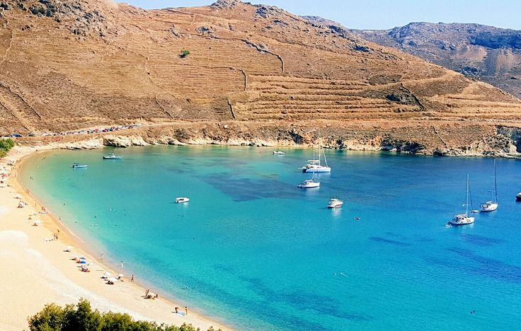 Ganema beach at Serifos