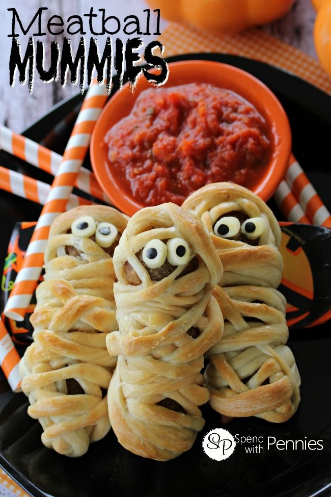 Meatball Mummies. Try using whole grain pizza dough and lean turkey meatballs for a healthier meal. The whole family is going to love these. #LiveSmartOhio #EFNEP #Halloween