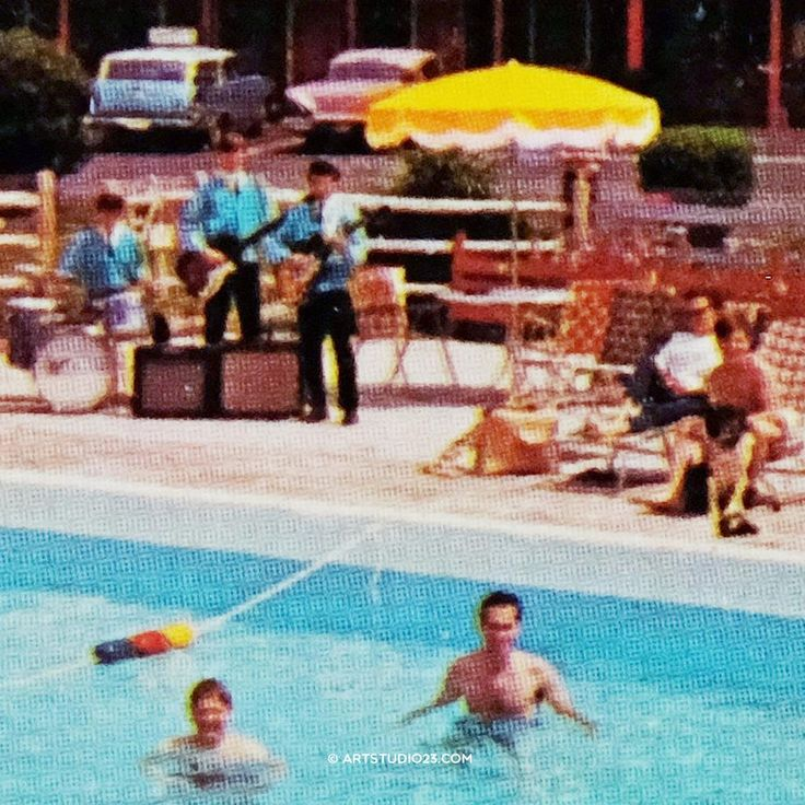 'Pool Band' #music at the Pool in the 50's 60's #holiday #america print via http://melanierijkers.werkaandemuur.nl/  #vakantiefoto pic.twitter.com/ObSp0npJgQ #vacation #photography #amerika #reis #motel #hotel
