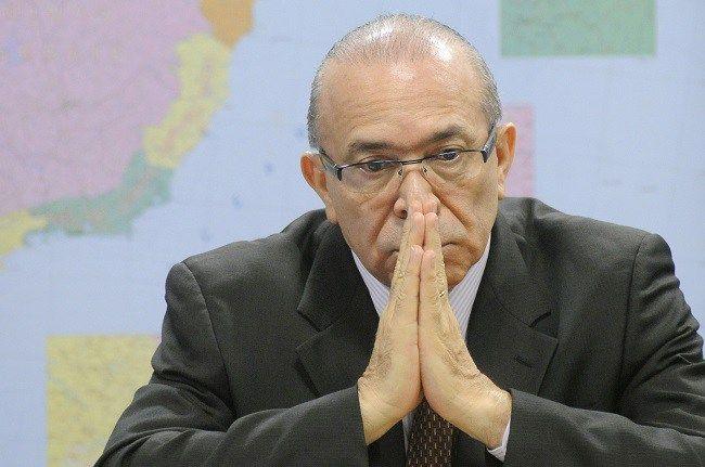 SUED E PROSPERIDADE: BOMBA: Padilha será investigado por Comissão de Ét...