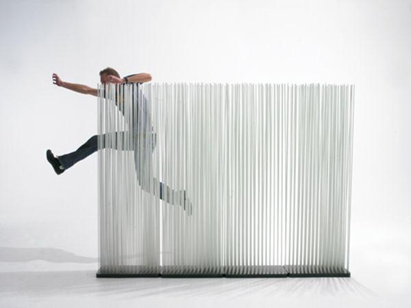 Soluzioni innovative per dividere un ambiente casalingo http://bit.ly/1AdigHZ #design #arredamento #casa dividere un ambiente casalingo con struttura a led