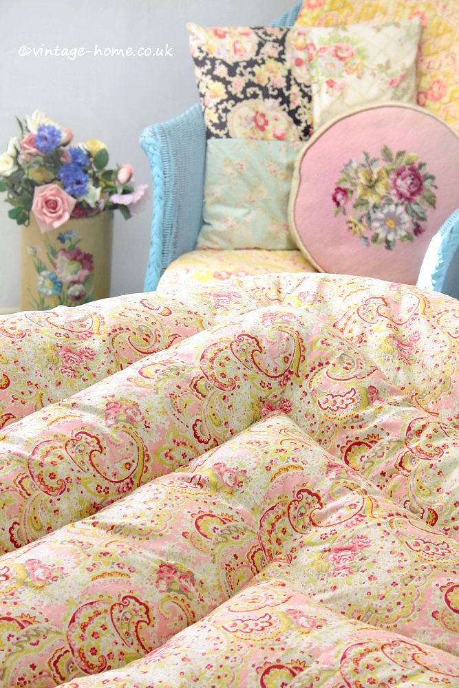 Vintage Home Shop - Pretty 1940s Pink Roses and Paisley Double Eiderdown: www.vintage-home.co.uk