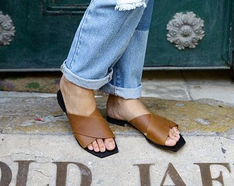 Marrón sandalias planas de cuero / Strappy sandalias /