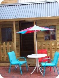 Veri Koko :: Brunswick East :: Kids Eats - Play Area - Cubby House - High Chairs - Babycinos - Change Table