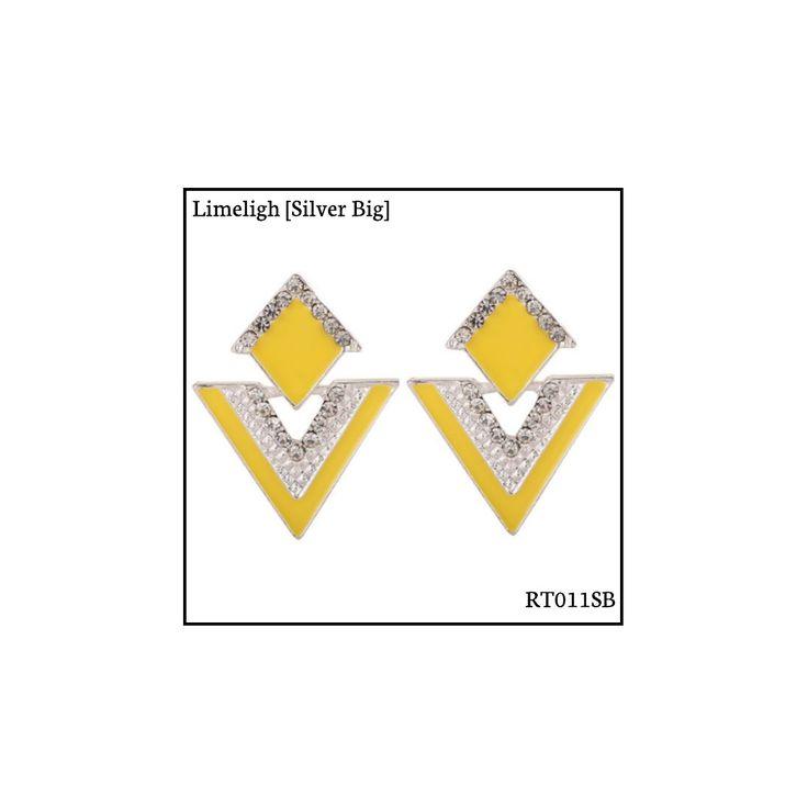 Ref: RT011SB Limelight [Silver Big] . Medidas: 3.5 cm x 2.8 cm . So Oh: 5.99 . Disponível para entrega imediata! Boas compras! #sooh_store #onlinestore #rhombus #trigonal #brincos #earrings #fashion
