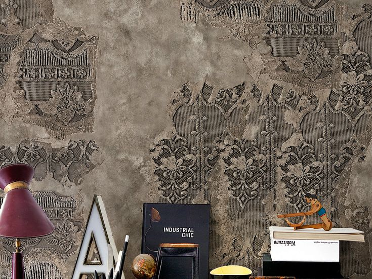 17 best images about pareti on pinterest geometric for Carta da parati effetto muro rovinato