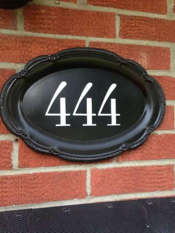 15 id es originales de num ros de maison fabriquer soi m me pinterest plateaux peints. Black Bedroom Furniture Sets. Home Design Ideas