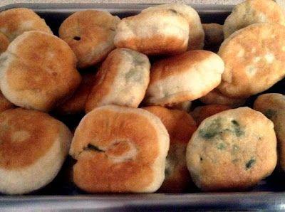 Χορτοπιτάκια νηστίσιμα! αφράτα σαν λουκουμαδάκια!!! - Daddy-Cool.gr