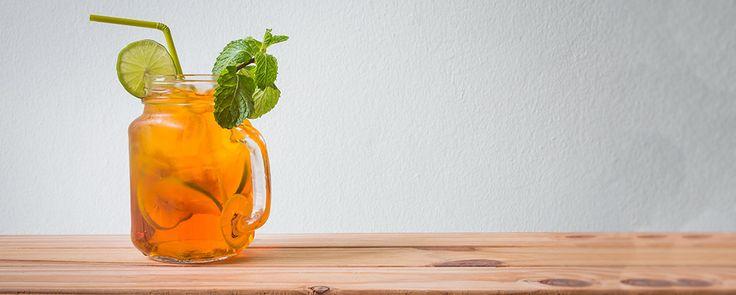 Ľadový čaj s pomarančom a jablkom