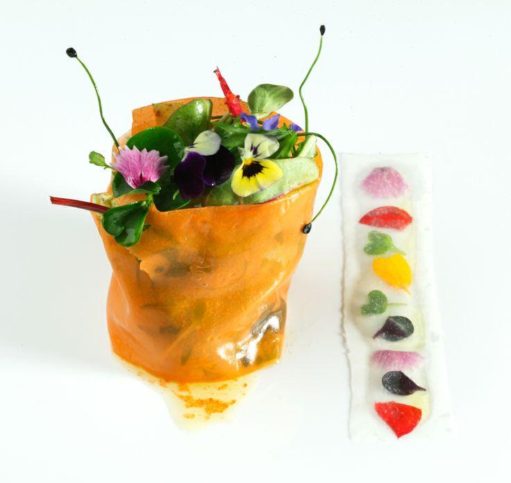 Arzak Restaurant, San Sebastian http://www.secretariaevento.es/blog/disfrutando-con-todos-los-sentidos-obras-de-arte-en-la-cocina/