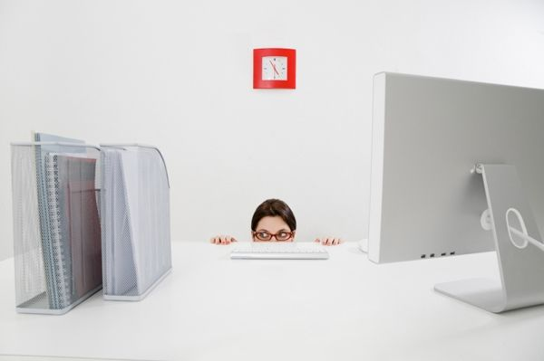 4 Success Tips for Introverted Interns   Her Campus