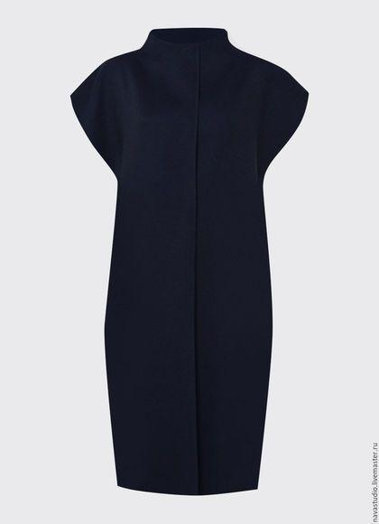 Верхняя одежда ручной работы. Пальто без рукавов (1300030). NAVA. Интернет-магазин Ярмарка Мастеров. Однотонный, пальто демисезонное