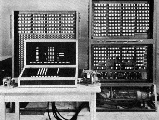 Reconstructed Zuse Z3 computer,  Deutschen Museum, München.