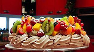 Glutenvrije Chocolade eiwit schuimkrans met fruit