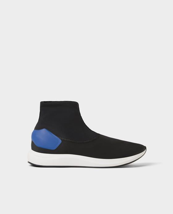 39832750e00 Image 2 of BLACK SOCK-STYLE HIGH-TOP SNEAKERS from Zara