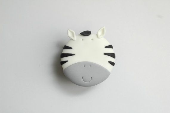 Zebra Cupcake Tutorial! So cute!  by joscupcakegallery on Etsy, $5.00