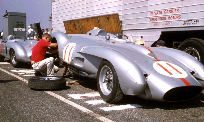 John von Neumann Ferrari 250 TR / Richie Ginther Monza 860 @ Riverside