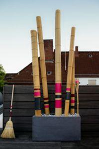 Terrassen-gestalten mit Bambus-Objekt bemalt-Sichtschutz