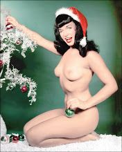 XMas - Bettie Page - Bunny Yeager
