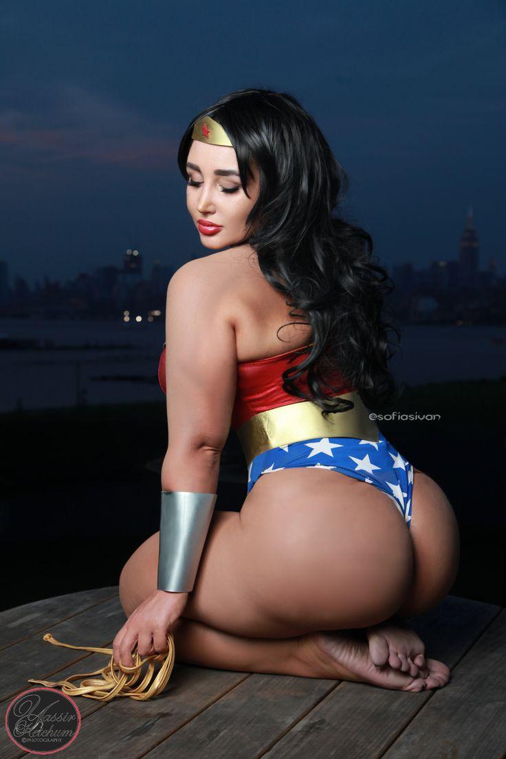 Sofia Sivan as Wonder Woman - Album on Imgur