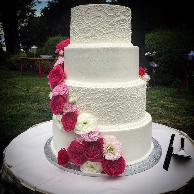 Cake Trend, Four Tiers, Floral Designs