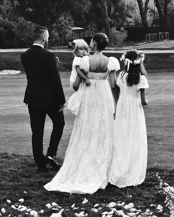 Ο λαμπερός γάμος της μούσας των Dolce & Gabbana, Bianca Balti ήταν ένας φόρος τιμής στο διάσημο οίκο μόδας   LiFO