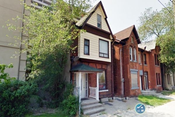 Private Sale: 214 Wilson St, Hamilton, Ontario - PropertyGuys.com