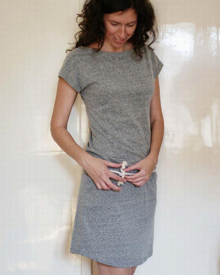 Heather gray easy dress with rope-belt  #heathergrey #jerseydress #handmadedress #handmadeclothing #handmadestyle #fashion #dressmaking #madebyme #designerdress #handmadefashion #womanfashion #kovacsdora