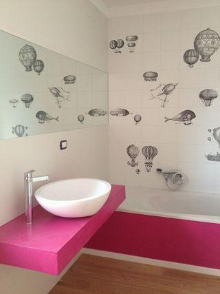 Realizzazione bagno in abitazione privata con utilizzo di resina e rivestimenti in ceramica Bardelli - ing. Chiara Pice, Bari
