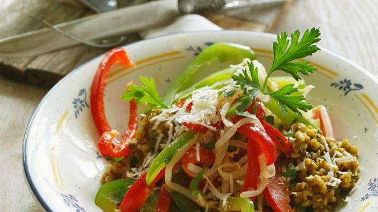 Gesund und lecker: Buchweizen mit Gemüse   http://eatsmarter.de/rezepte/buchweizen-mit-gemuese-0