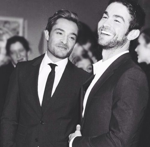 ed westwick + chace crawford = major heart eyes