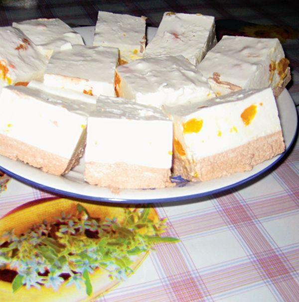Prăjitură cu iaurt | Retete culinare - Romanesti si din Bucataria internationala