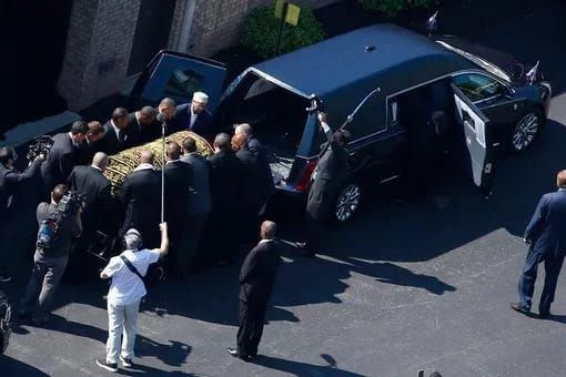 Muhammad Ali Finally Laid To Rest In His Hometown