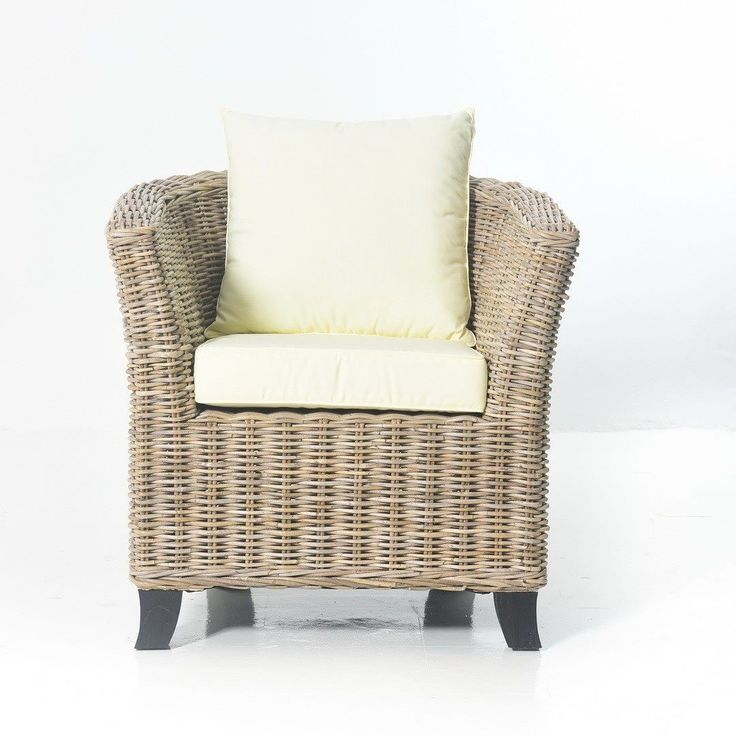 This one-seater sofa feature exquisitely woven natural rattan with gently slopping curves and soft yet supportive cushioning. It offers comfortable and exceptionally stunning outdoor lounging and great addition to any outdoor living space.#sofa #rattan #wicker #rattanfurniture #wickerfurniture #bali #balifurniture #customfurniture #design #furniture #furniturebali #furnituredesign #jepara #furniturejepara #furnituremaker #instadaily #instagood #interior #interiordesign #jeparafurniture…