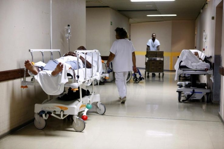 A l'hôpital un homme est admis pour brûlures au second degré