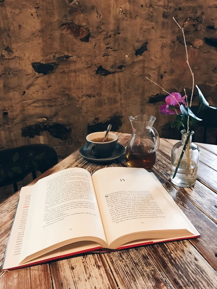 """ursula-uriarte: """" Tea and a book ❤️  Photo taken at Artifact Coffee in Baltimore ☕️ """""""