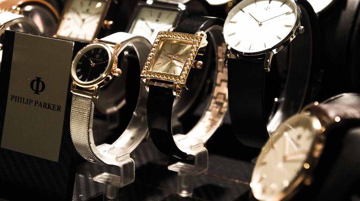 #watch #watches #montre #reloj #relojes #zegarki #uhr #uhren #klockor #часы #fashion #girl #slimwatch #navy #sea #ocean #sun #girl #nakedgirl #womanfashion #menfashion #travel #globetrotter #dw #christmas #xmas #sale #parker #parkerpen #parkerwatches #eye #quotes #nails #hair #urban #outfit #design #scandinavian #scandinaviandesig #sweden #swedishdesign #danishdesign #часы #стокгольм #девушка #платье #скандинавия #москва #лондон #мальдивы #rolex #iwc #piaget