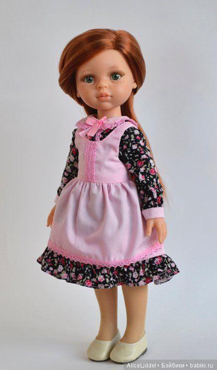 Платье с фартучком для куколок от Паола Рейна / Одежда для кукол / Шопик. Продать купить куклу / Бэйбики. Куклы фото. Одежда для кукол