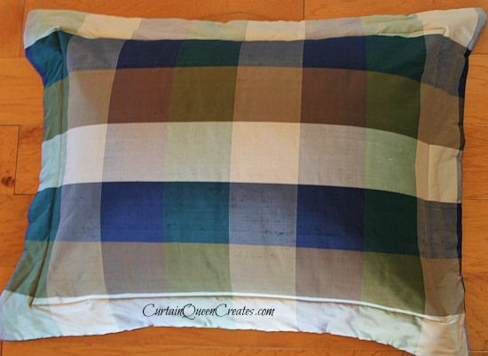 """How to make pillow shams with a """"no flop"""" flange"""