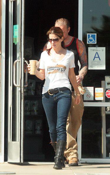 Sandra Bullock and Jesse James Photos - Sandra Bullock and Jesse James Off Roading - Zimbio