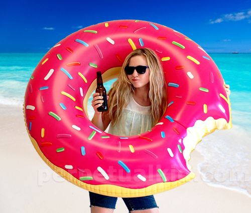 Donut floatie! I love this thing. Reminds me of The Simpsons movie, though I never saw it.