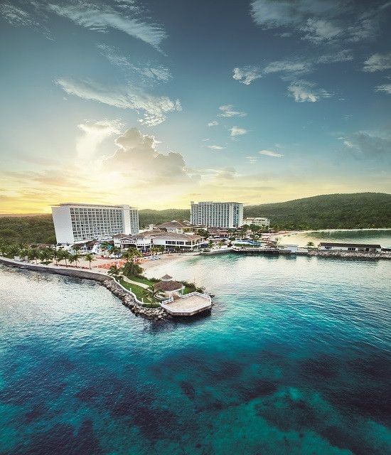 Jamaica Vacations -The Moon Palace Jamaica Grande is a luxury all-inclusive resort creates awe-inspiring moments that Guests will cherish for a lifetime.