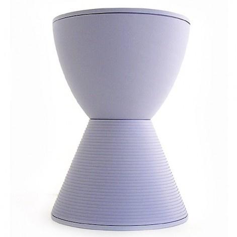 Prince AHA bijzettafel/kruk - Kartell - Philippe Starck. Bij Flinders vind je prachtige Design Meubels, Moderne Verlichting en de leukste Woonaccessoires.