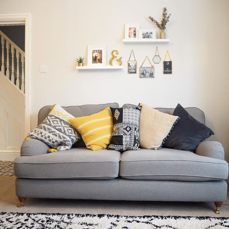 Tonight I shall mostly be sitting here catching up with some friends!! #livingroom #sofa #cosy #cornerofmyhome #mustardyellow #greyandyellow #farrowandball #faveroom #victorianhome #home #interior #interiordesign #cushions #friends #catchingup