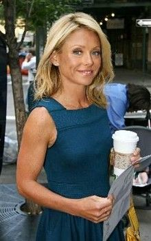 Celebrity workout: Kelly Ripa's diet and exercise routine - San Francisco Wine | Examiner.com