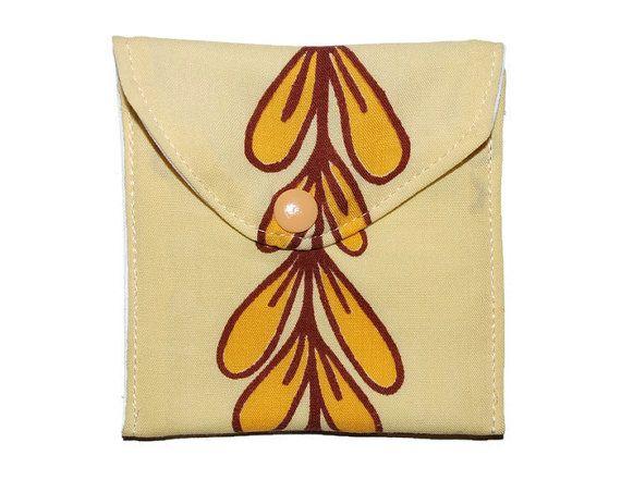 Retro small wet pouch, wet bag for cloth pads, nursing pads