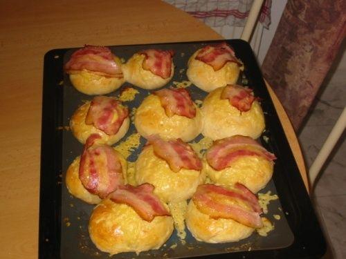 Housky se slaninou